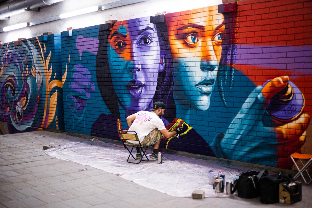 jahone graffiti street art mural